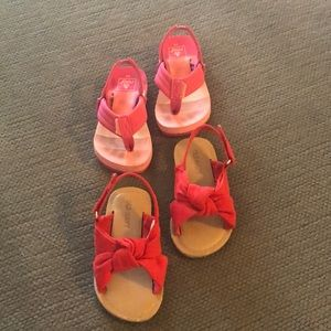 Lot of baby girl sandals - Old Navy and Reef